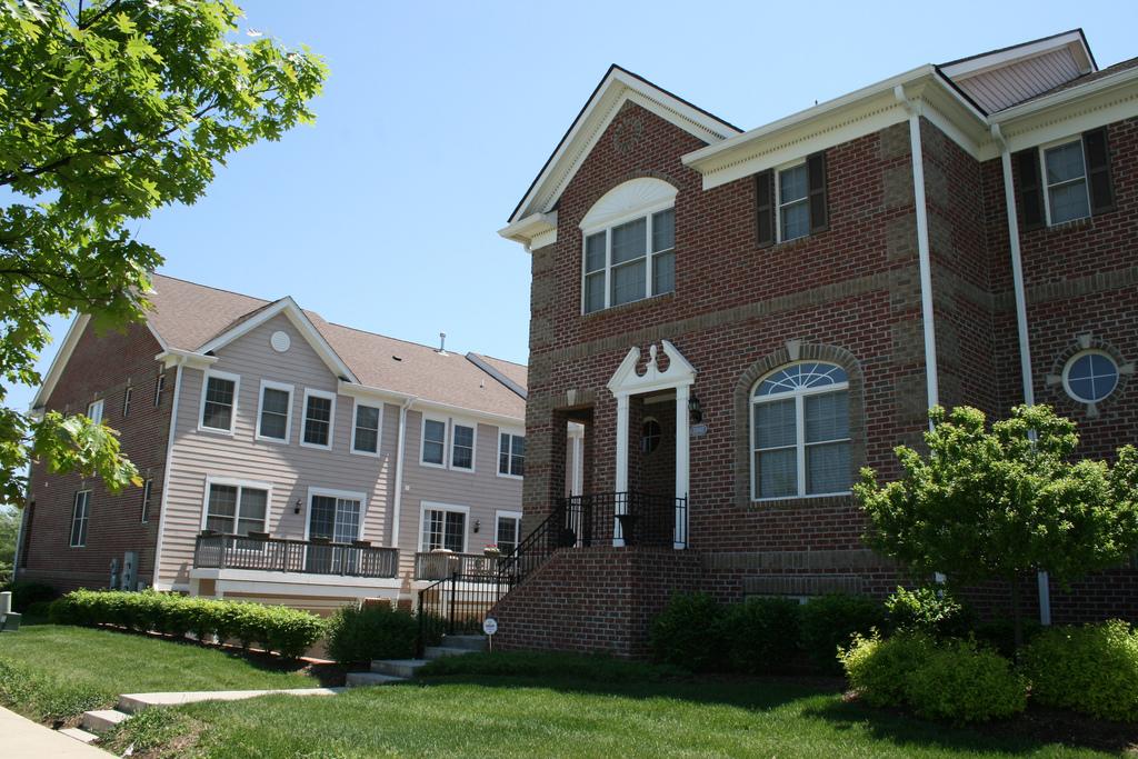 Indiana mixed use developments new urbanism for Saxony homes